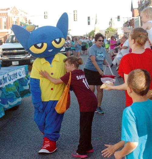 Pete the cat in the jersey county fair parade 2014